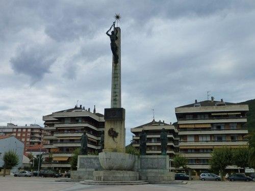 Monumento a Luis Carrero Blanco en Santoña