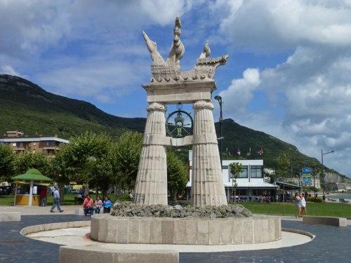 Monumento a Juan de la Cosa en Santoña