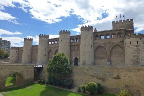 Palacio de Aljafería, antigua residencia del rey de la taifa de Saraqusta, historia de Zaragoza