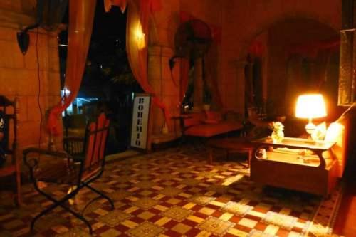 El Bohemio, el lugar ideal para tomar una copa relajadamente en La Habana