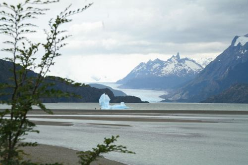 Glaciar y lago en el Parque Nacional Torres del Paine