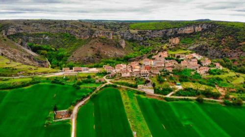 Pelegrina, una de las localidades más famosas dentro del Barranco del Río Dulce