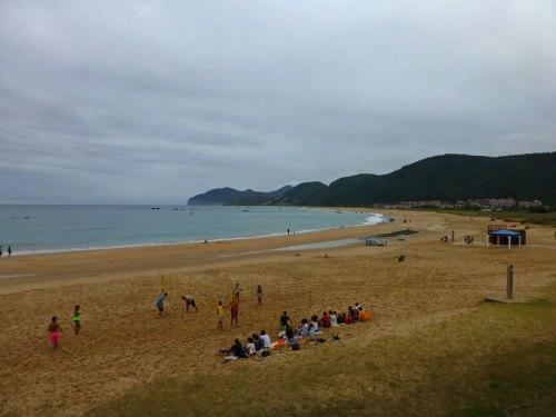 Playa de Trengandín en Noja durante la pleamar