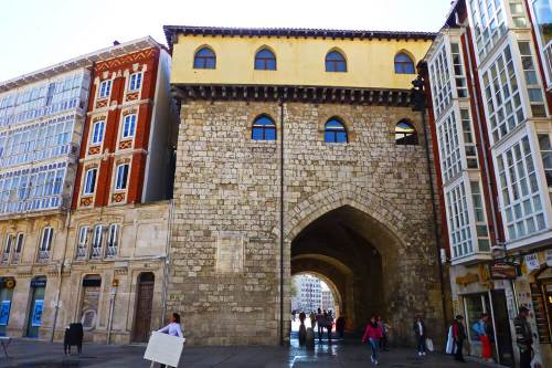 Fachada interior del Arco de Santa María de Burgos