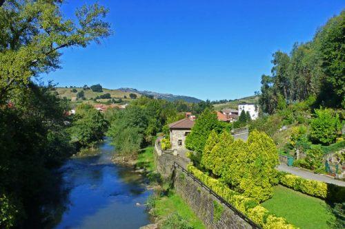Río Miera a su paso por Liérganes
