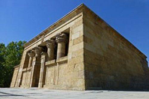 Edificio principal del Templo de Debod