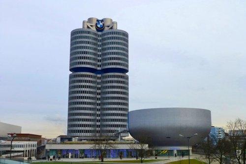 Torre y Museo BMW