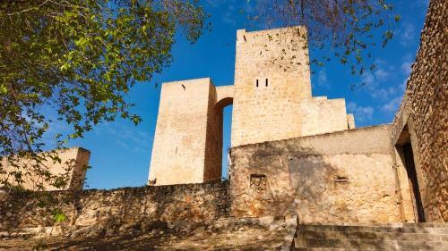 Torre del Homenaje y Torre de la Plata