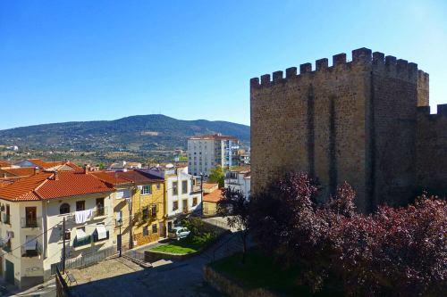 Torre Lucía, la más importante de las torres defensivas de la muralla de Plasencia