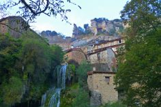 Guía de turismo completa para visitar Orbaneja del Castillo, todo lo que hay que ver y hacer