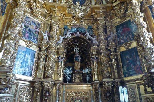 Imagen de la Virgen de la Peña, patrona de Sepúlveda