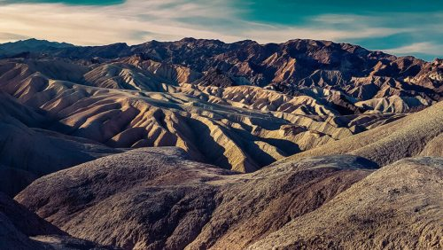 Formaciones geológicas del Valle de la Muerte vistas desde Zabriskie Point
