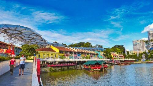 Clarke Quay, uno de los barrios de compras y vida nocturna de Singapur