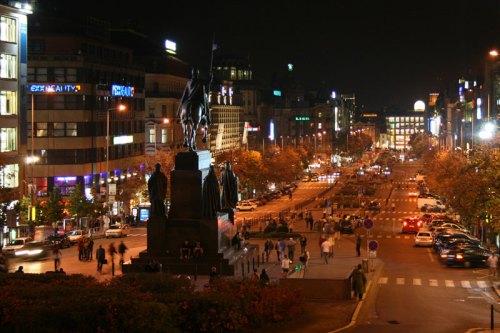 La Plaza de Wenceslao acoge uno de los mercados navideños de Praga