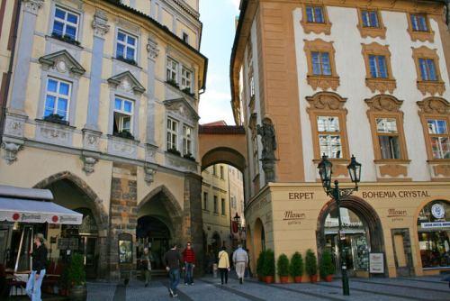 Tienda especializada en Cristal de Bohemia en la Ciudad Vieja de Praga