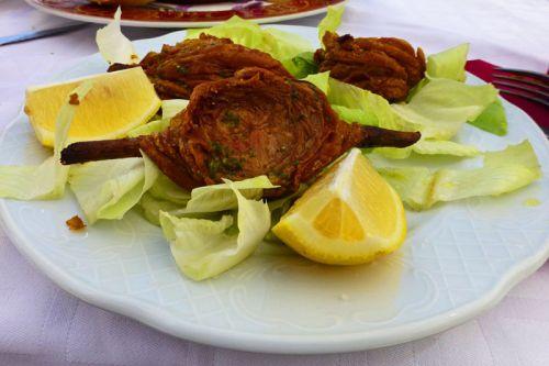 Zarajos, un imprescindible en la gastronomía tradicional de Alarcón