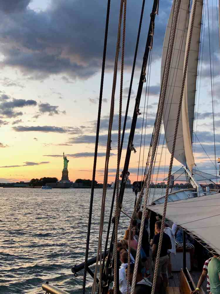 Clipper Sailboat Sunset Tour, New York City