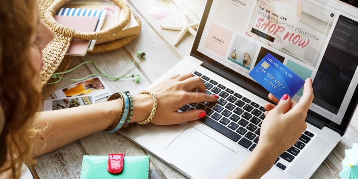 Le shopping sur internet est idéal pour des consommateurs avec un emploi du temps chargé.