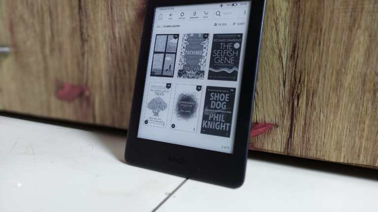 10 Reasons Why You Should Buy a Kindle If You Love Reading