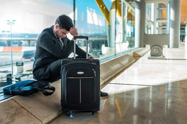 Em um voo pago pela empresa onde você trabalha (voo a trabalho), de quem é o direito à indenização por voo cancelado ou atrasado?