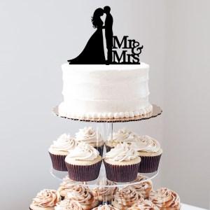 Quick Creations Cake Topper - Bride & Groom Mr & Mrs