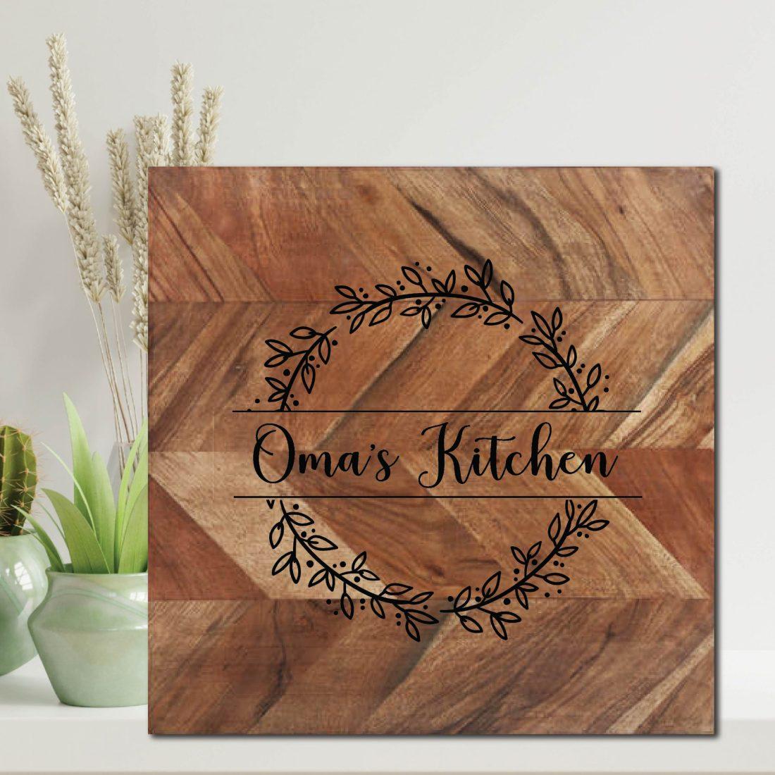 Oma's Kitchen Wreath Chopping Board