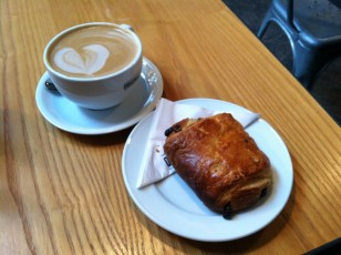 Latte and chocolate croissant