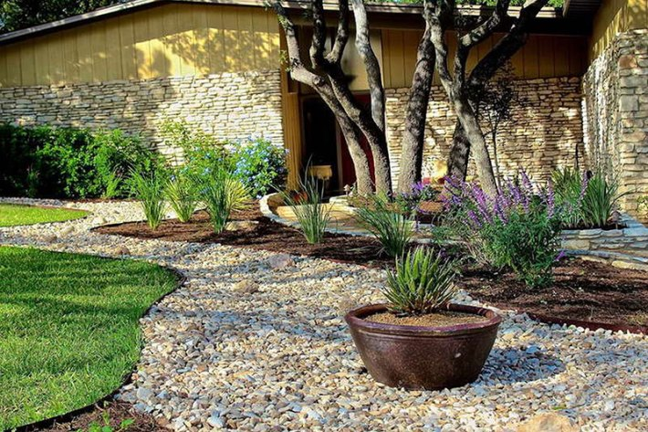 Stone-Landscaping-Ideas-4