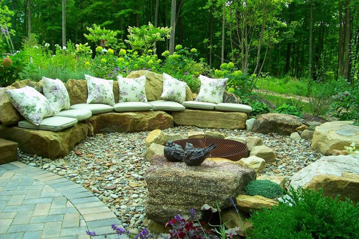 Stone-Landscaping-Ideas-7