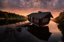 Awe-Inspiring Stardust Photos of Finland Sky Phenomena