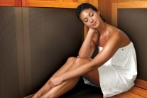 Health Benefits of Sauna Bathing (and the Risks Too)
