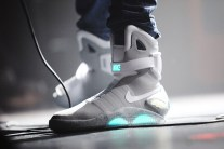 How to Get the 2016 Nike Mag 'Back to the Future' Shoes?
