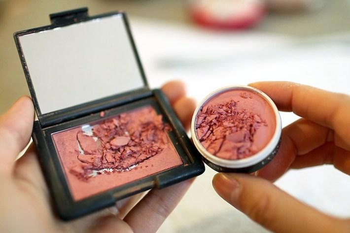 Makeup Tips – How to Fix Broken Blush