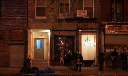 131 Chrystie Street, Home Sweet Home, home of Nothing Changes. Photo © Robert K. Chin