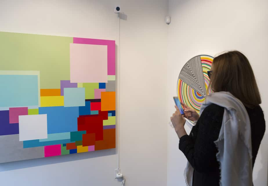 "Installation view of ""Incandescent Chromophilia"" at GR gallery"