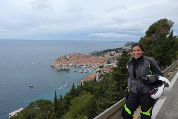 Vista da estrada panorâmica para Dubrovnik Old Town