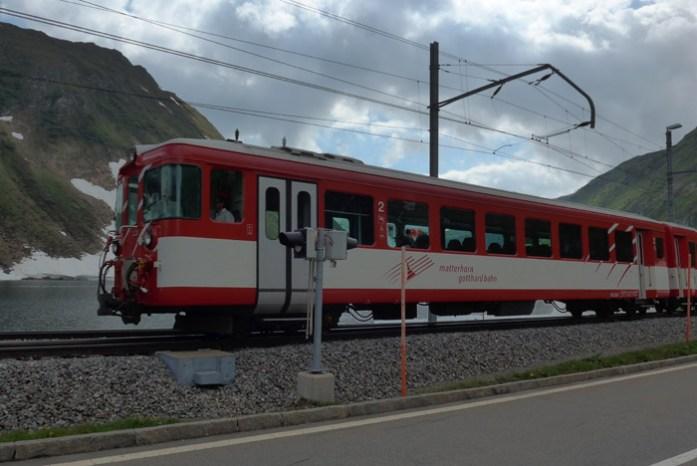 Linha comboio em Oberalppass