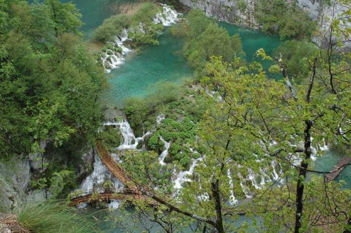 Parque National dos Lagos Plitvice na Croácia. De mota pela Croácia e Montenegro