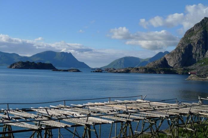 madeira destinadas à seca de peixe. Ilhas Lofoten