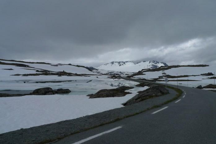 Aurlandsfjellet e Sognefjellet de mota pela noruega e cabo norte Aurlandsfjellet. As melhores rotas panorâmicas da Noruega.