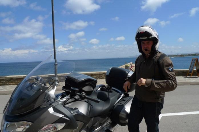 sardenha de mota pela costa esmeralda