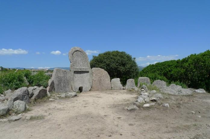 tomba di giganti di thomes