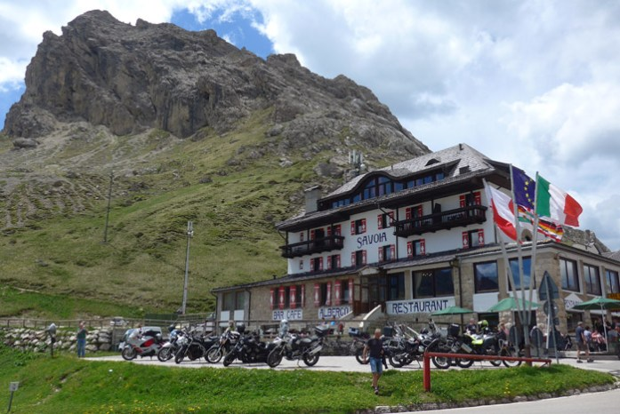 Viagem de mota nas Dolomites - Passo Pordoi
