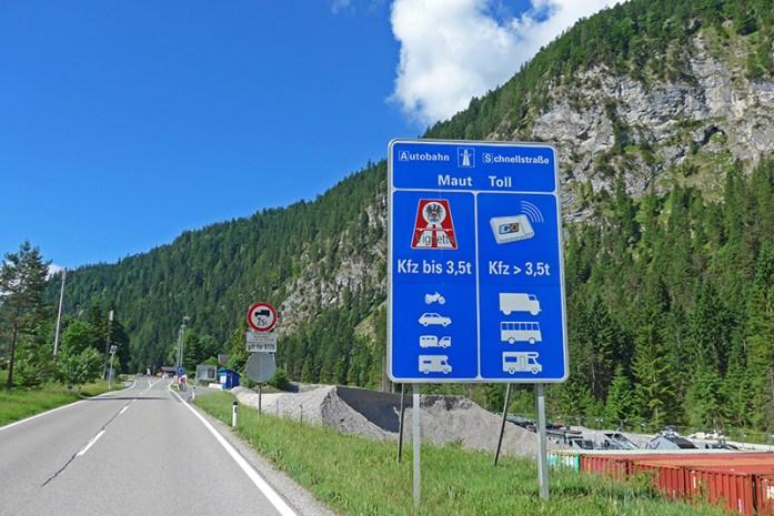 Informação para compra de vinheta de circulação em auto estradas - Áustria