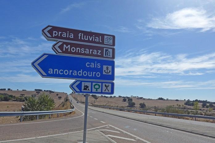 Acesso ao Castelo de Monsaraz