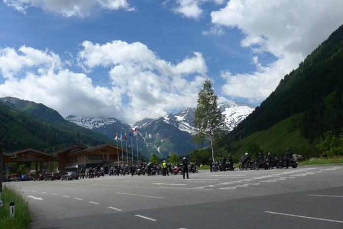 Motas na entrada do Grossglockner Viagem de mota aos Alpes - Dicas e informações