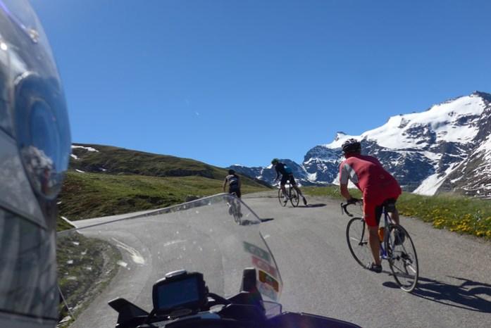 Ciclistas em Col de L'Iseran