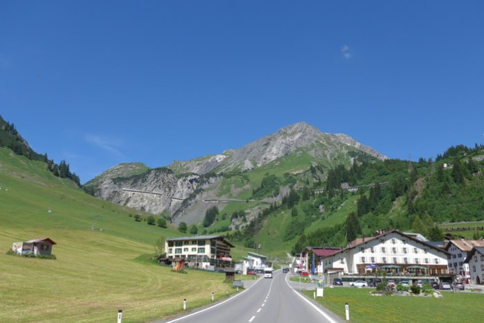 Viagem de mota na Áustria. Em Stuben.