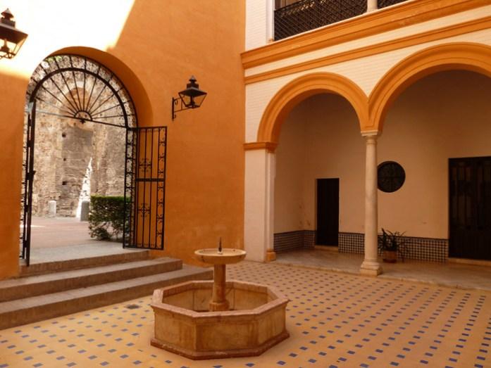 De mota pela Andaluzia. No Real Alcázar de Sevilha.