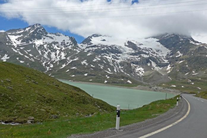 Viagem de mota aos Alpes Suíços. No Bernina Pass.